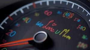Volkswagen sensibilise les conducteurs grâce à leurs enfants