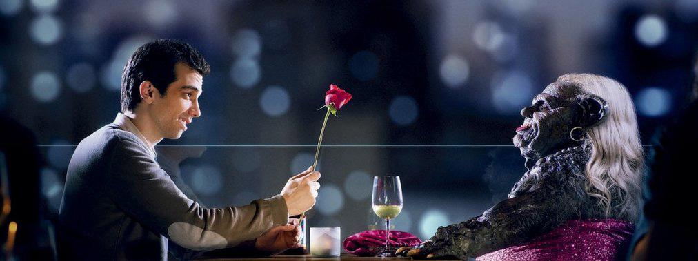 man seeking woman saison 1 la recherche de l 39 amour. Black Bedroom Furniture Sets. Home Design Ideas